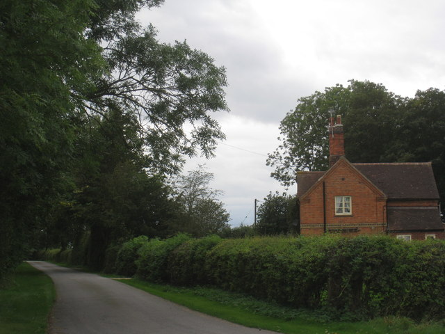 Lodge to Crow Park Farm