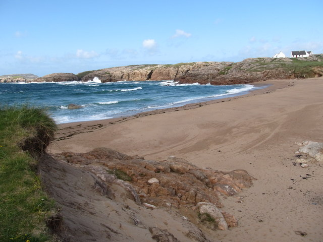 Atlantic waves breaking on Traderg Strand