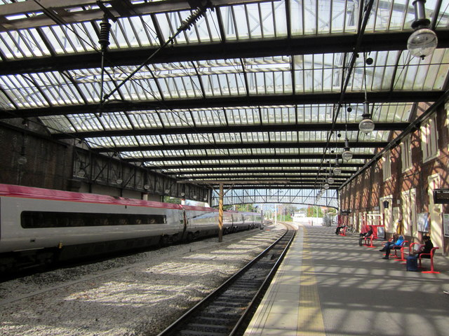 Stoke-on-Trent Railway Station, Platform