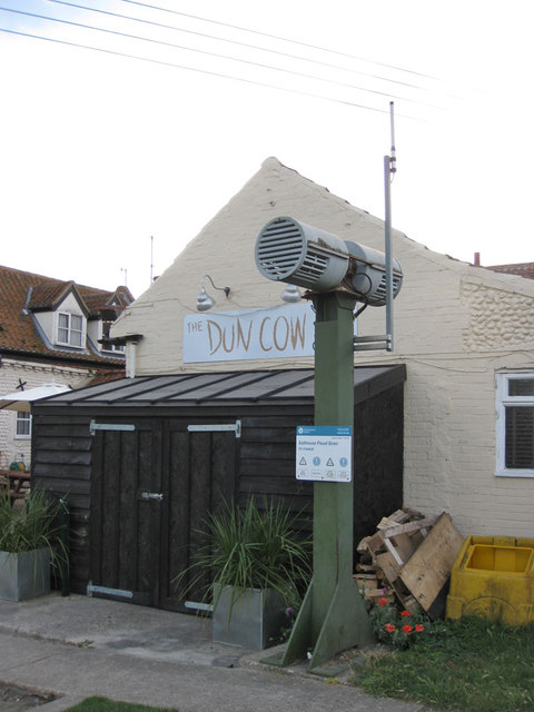 Flood warning siren, Salthouse