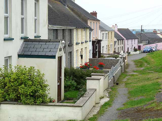 Cottages in Trefin