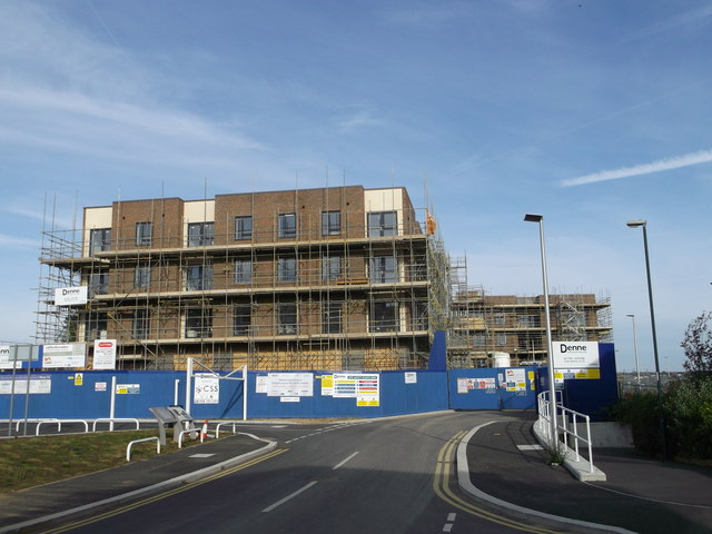 New houses on Doust Way, Rochester Riverside
