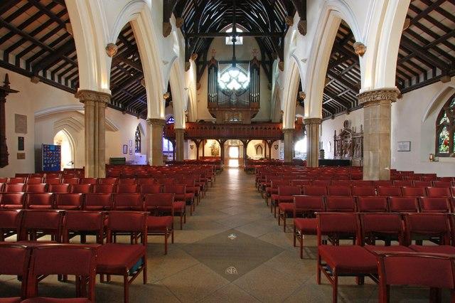St Edward the Confessor, Market Place, Romford - West end