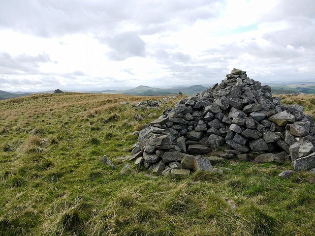 North cairn, Coldsmouth Hill