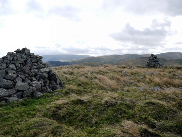 South cairn, Coldsmouth Hill