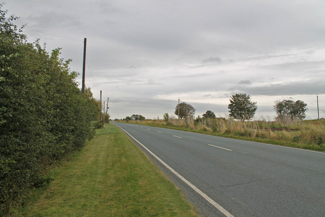 A1121 road towards Aby House farm