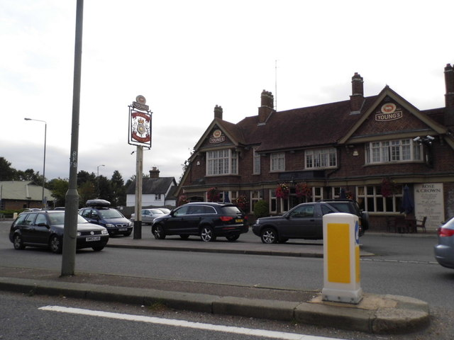 The Rose and Crown pub on Farnborough Way