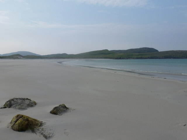 Vatersay: three rocks on an isthmian beach