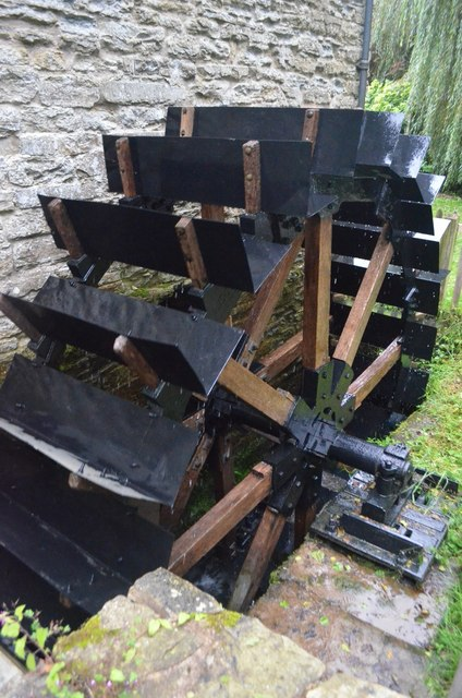 Mortimer's Cross Watermill - breastshot wheel