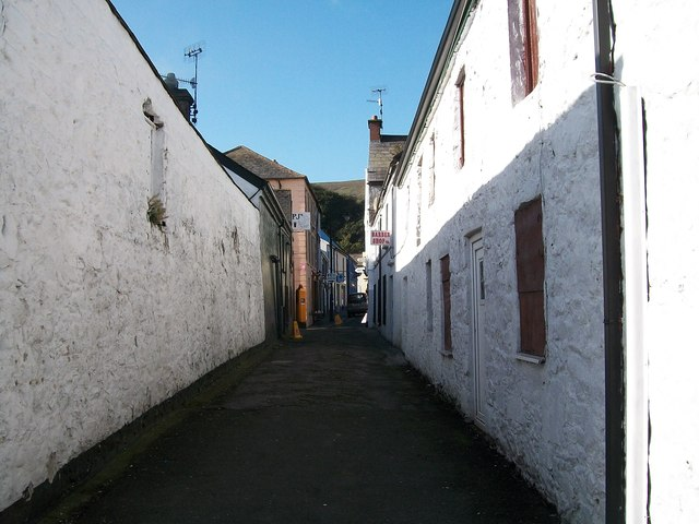 Alley leading from the Old Quay Lane to Market Street