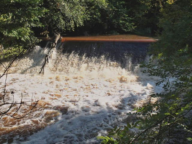 Weir at Woodhall