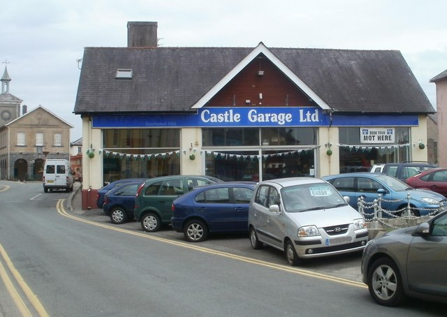 Castle Garage, Llandovery