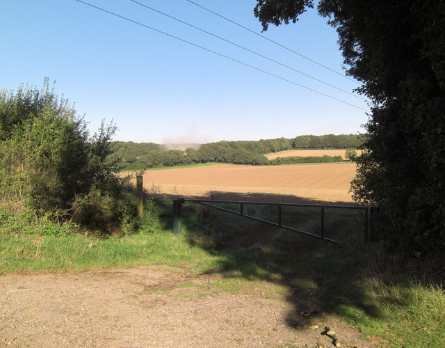Arable land off Berrywood Lane