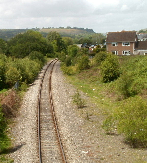 Railway line heads north into Trelewis