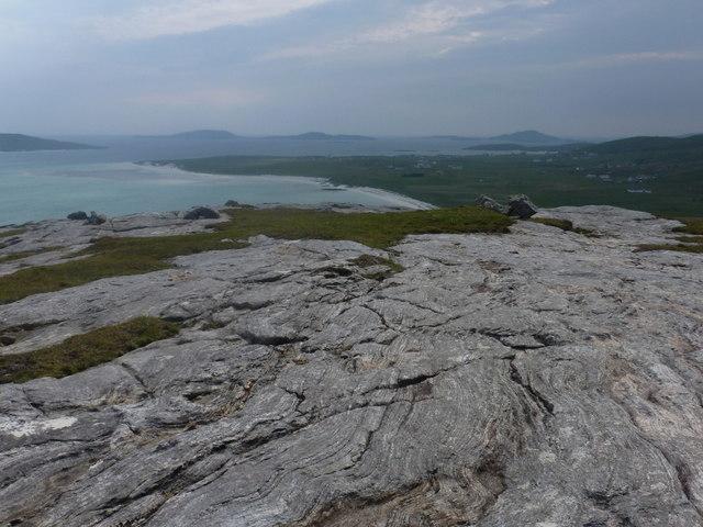 Eoligarry: rocky floor of Beinn Sgùrabhal