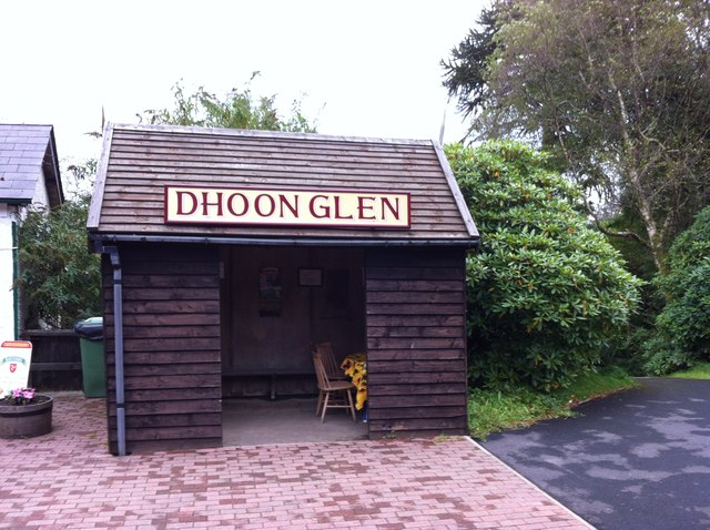 Dhoon Glen tram shelter