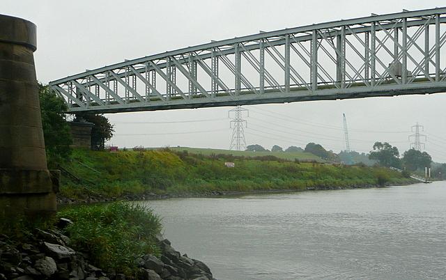 Dunham pipe bridge
