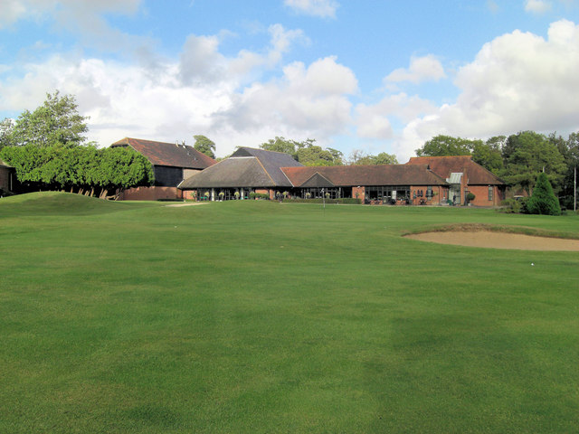 Goodwood Park Golf Course 18th green and clubhouse