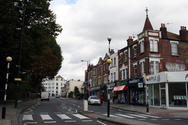 Askew Road:  King's Parade