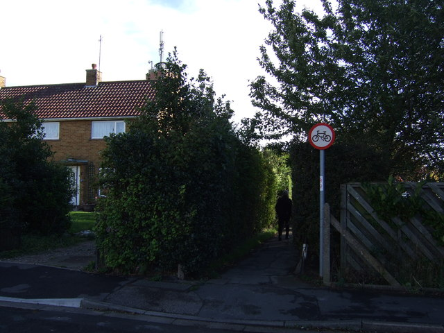 Footpath off Ramsey Close
