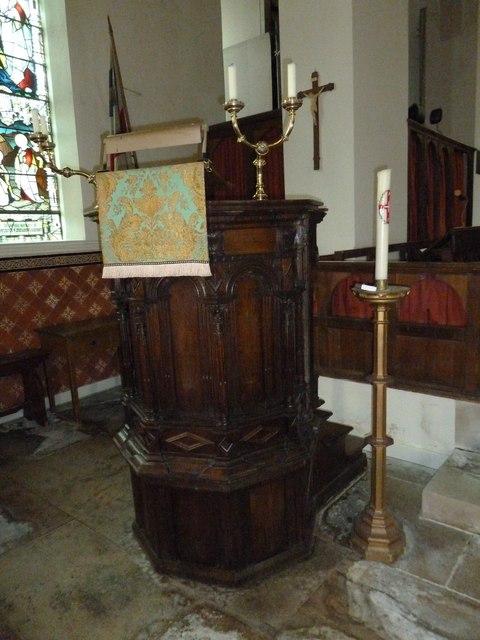 St James, Holt: pulpit