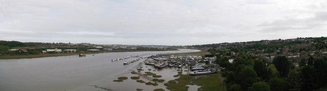 River Medway Panorama (2)