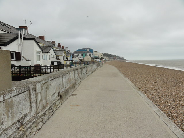 Sandgate, Beach