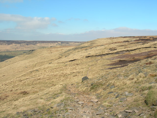Path leading to Memorial Cross from Ashway Stone