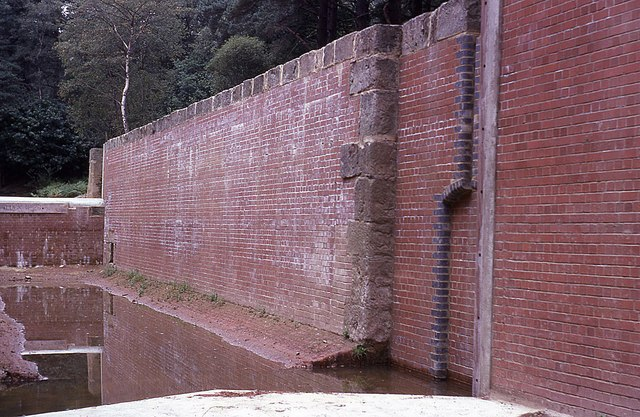 Lock 26 - Basingstoke Canal (1)