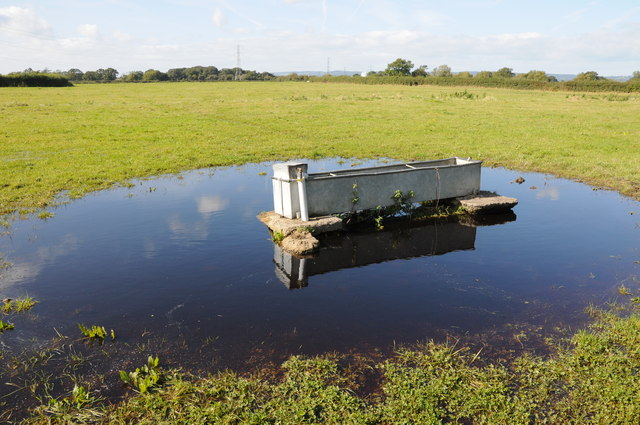 Flooded water tank