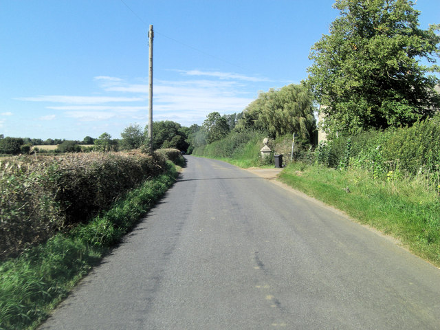 Hambidge Lane south of Little Lemhill Farm