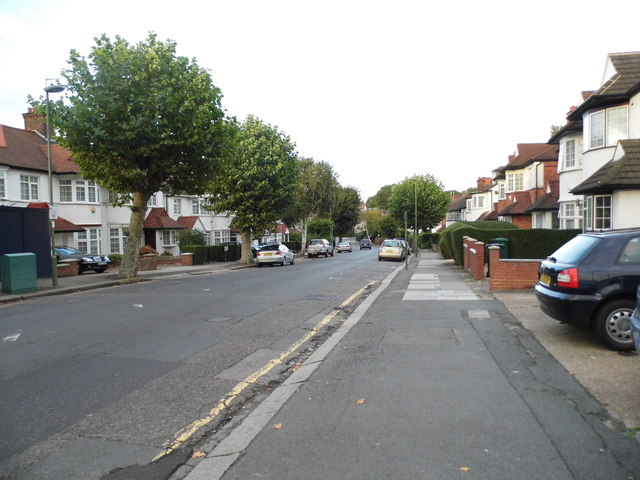 Princes Park Avenue, Golders Green
