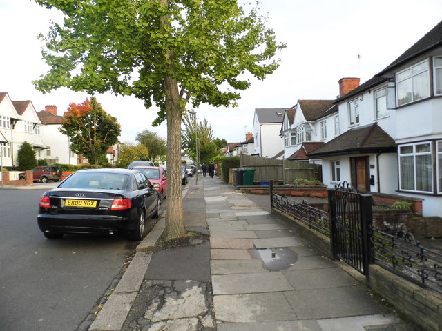 Leeside Crescent, Golders Green