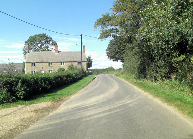 Hambidge Lane passes Stanford Hall Farm