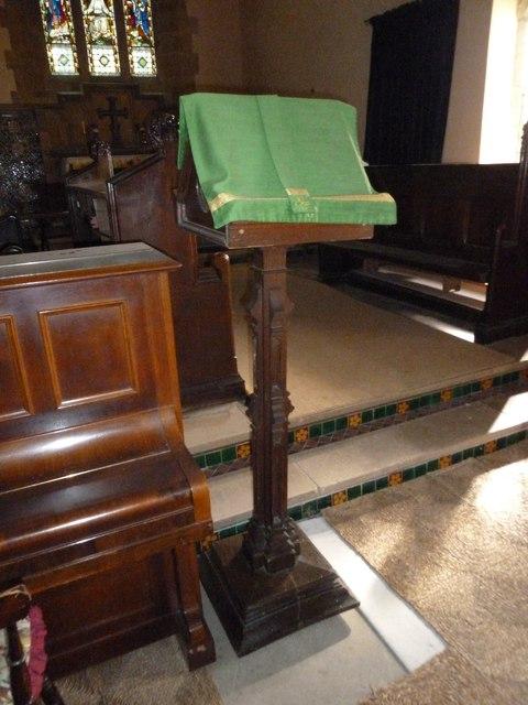 Inside St Nicholas, Winterborne Kingston (E)