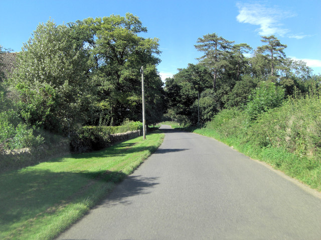 Hambidge Lane north of Hatherop Down Buildings