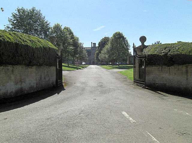 Entrance to Hatherop Castle School