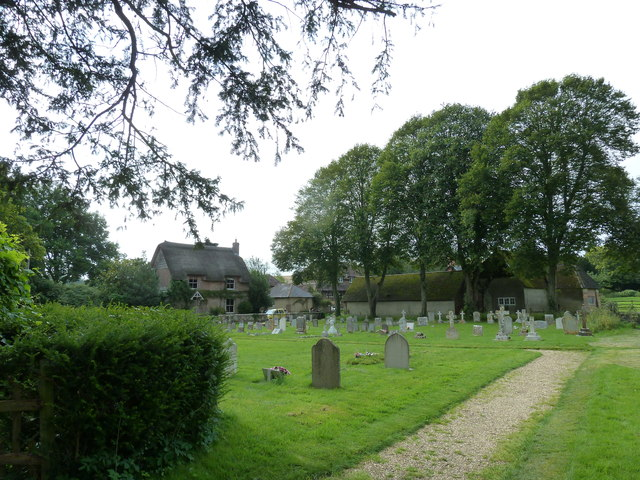 St Laurence, Affpuddle: churchyard (4)