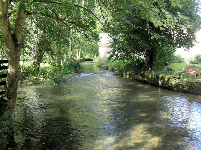 River Coln upstream of Ablington Bridge
