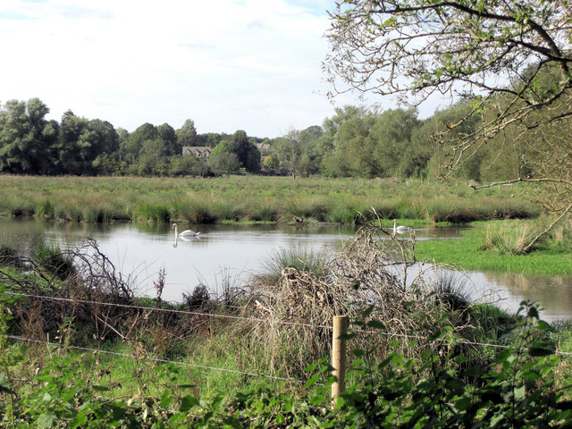 Meander of the River Coln east of Winston