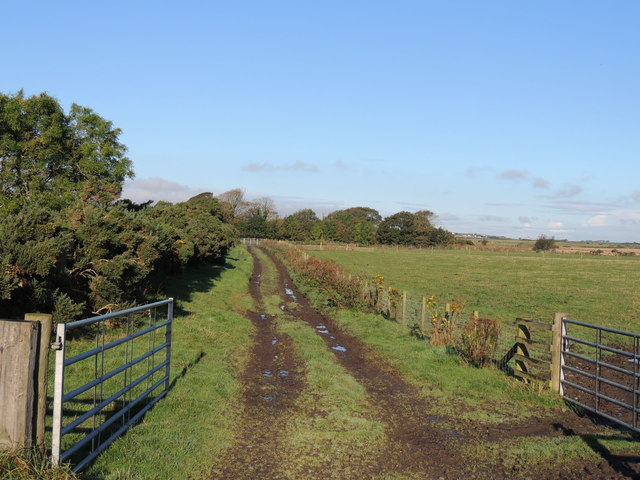 Farmland near Clayshant Bridge