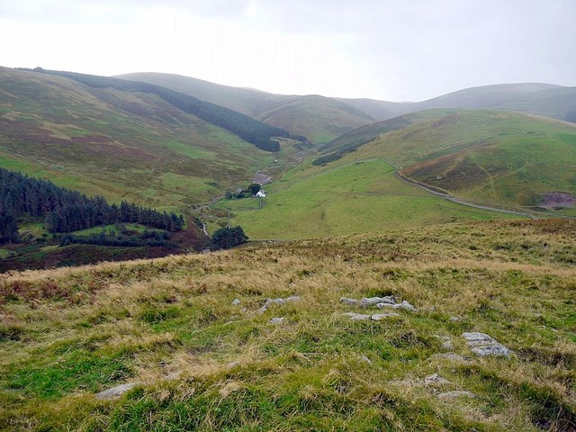 Trowupburn from the south-west  ridge of Great Hetha