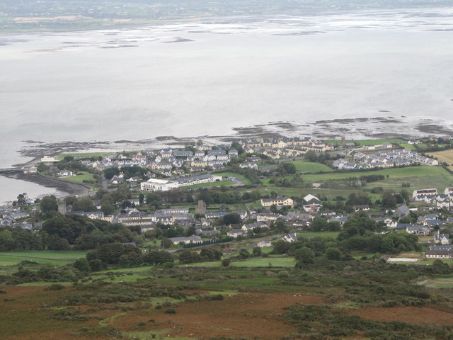 The south-eastern part of the town of Carlingford from the Tain Way