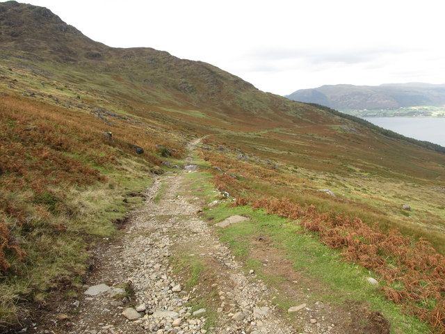 The Tain Way gradually descending towards the town of Carlingford