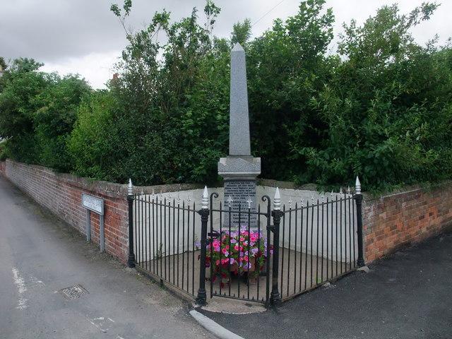 War memorial, Laneham
