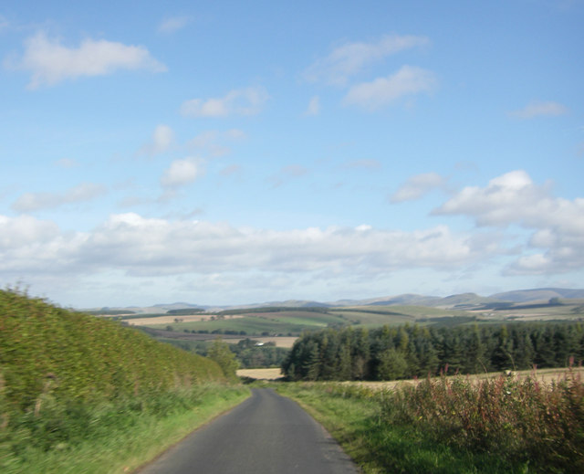 Minor road by Ulston Moor