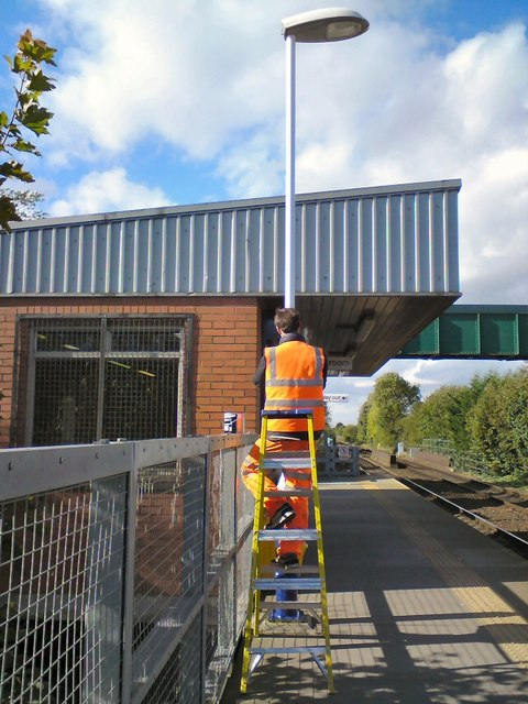 Bredbury Station painter