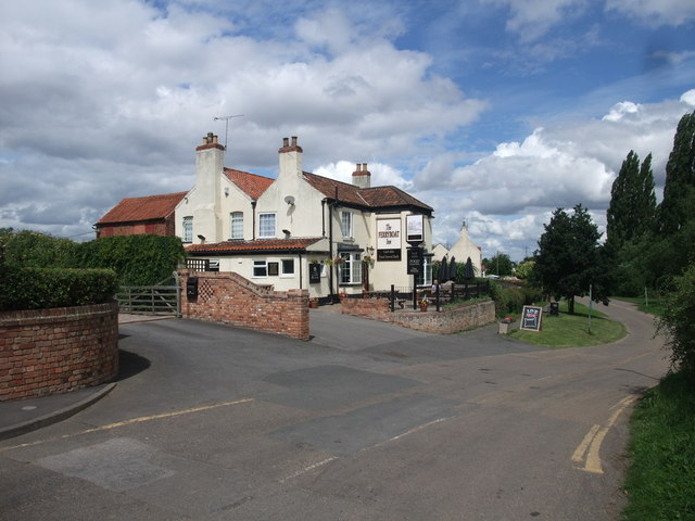 The Ferry Boat Inn, Church Laneham