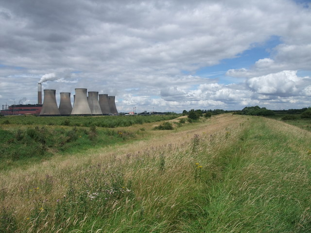 The Trent Valley Way passing Cottam power station
