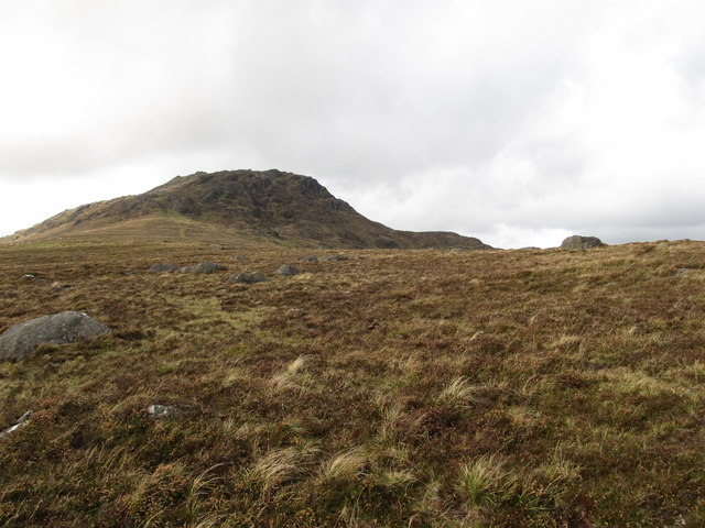 The col between Bernavave and Slieve Foye